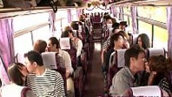 เอาหีบนรถ เย็ดหมูู่ เย็ดสาวญี่ปุ่น เย็ดมันส์ เย็ดบนรถบัส