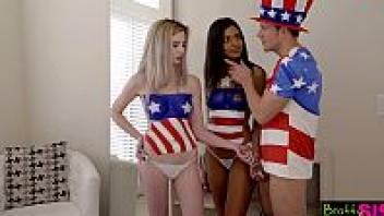 เล็กซี่ ลอร์ เย็ดเพ้นท์ตัว เย็ดเพื่อน เย็ดสาวอเมริกา เย็ดสนุกๆ