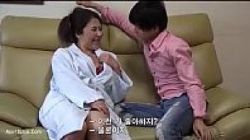 โป๊เกาหลี แม่ลูกเอากัน เย็ดหีแม่ เย็ดสาวใหญ่ เย็ดขึ้นครู