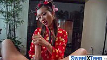 เย็ดเสียวควย เย็ดวัยรุ่นจีน เย็ดคาชุดกี่เพ้า เย็ดกับคนแก่ฝรั่ง อมควย