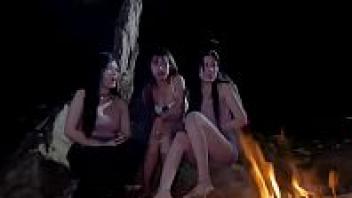 เลียแคมหี เย็ดในป่า เย็ดสาวเมียนมาร์ เย็ดกับคนใบ้ หีเปียก